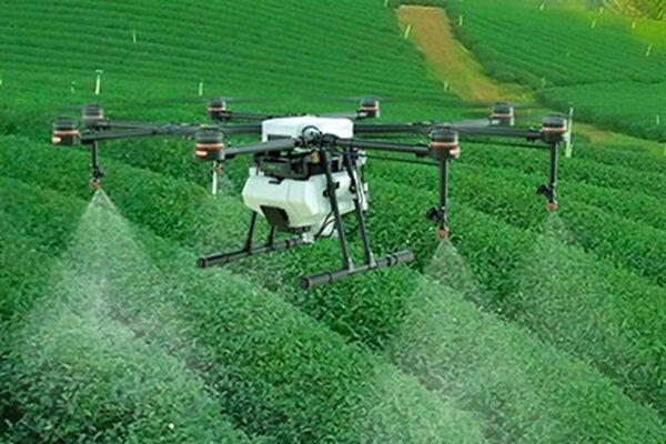 استفاده از پهپاد ها در مبارزه با آفات بخش کشاورزی آذربایجان غربی