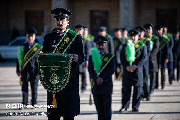 تعویض پرچم حرم مطهر شاهچراغ(ع) به مناسبت میلاد امام حسن مجتبی(ع)