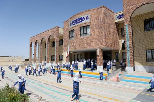 کمبود ۲۵ درصدی نیروی آموزشی و خدماتی در آموزش و پرورش ساوه