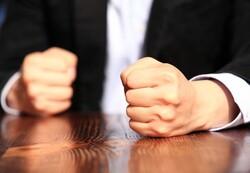 راهکارهای لازم در راستای کاهش خشونت خانگی ارایه شود