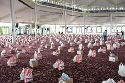 ۴۰۰۰ بسته حمایتی در چهارمین رزمایش کمک مومنانه در اراک توزیع شد