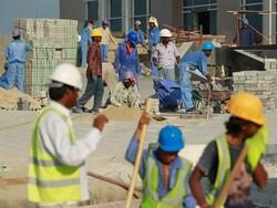 قطر میں دوسرے ممالک  کے مزدوروں بھیک مانگنے پر مجبور