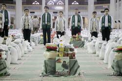 اعطای کمکهای مومنانه به خانوادههای دانشآموزان نیازمند کرمانشاهی