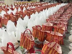 توزیع ۷۰۰ بسته معیشتی توسط قرارگاه عمار منصوریه شیراز