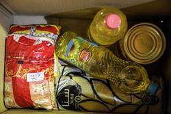 ۲۱۰۰ بسته غذایی در میان خانوادههای کم بضاعت توسط سپاه بروجرد توزیع شد