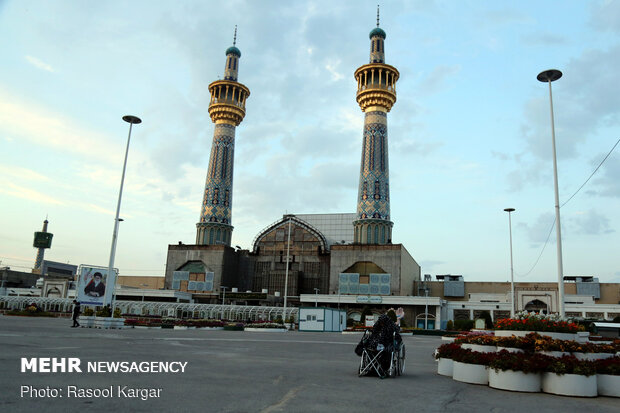 Nights of fasting month of Ramadan behind Imam Reza [PBUH] holy shrine