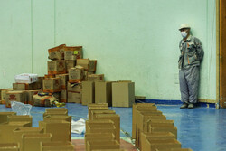 ارسال یک میلیون بسته معیشتی و۲۵۰ تن مرغ به مناطق محروم