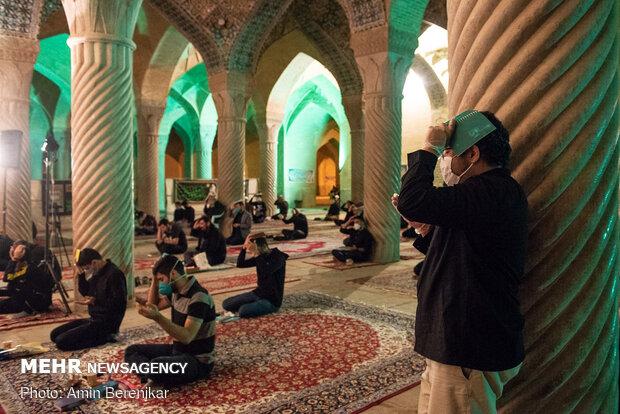 احیای شب بیست و یکم ماه مبارک رمضان در شیراز