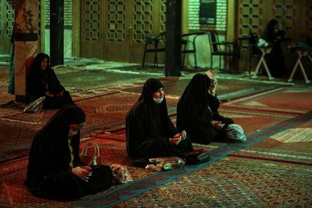 احیای شب بیست و یکم ماه مبارک رمضان در حسینیه اعظم زنجان