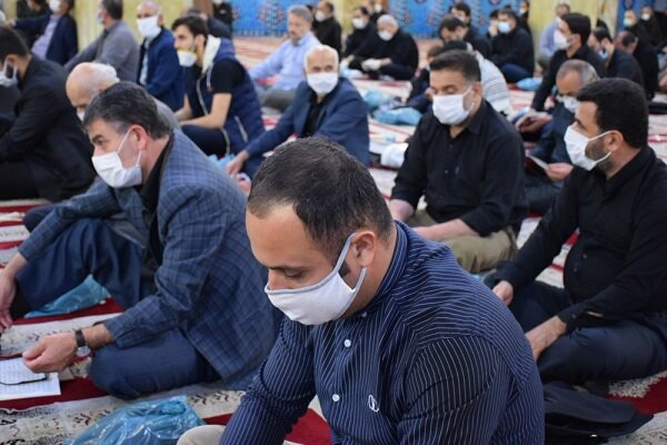 برپایی مراسم شب قدر با رعایت فاصله گذاری اجتماعی در منطقه ۱۵