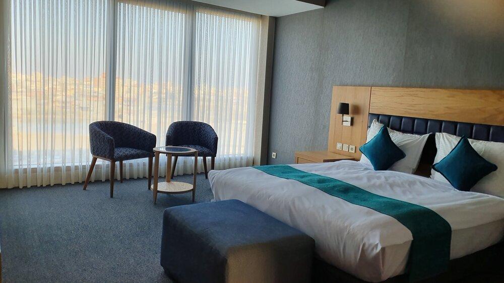 ظرفیت ۲۴ هزار تخت هتلهای اردبیل نباید بلااستفاده بماند