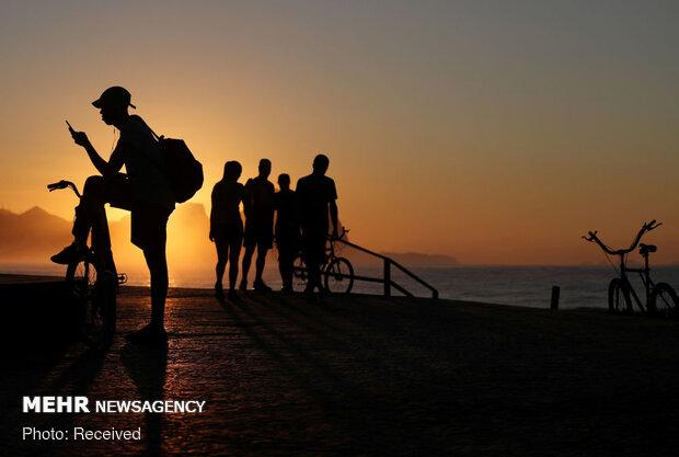 لحظه طلوع زیبای خورشید در جهان