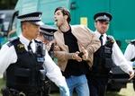 تظاهرات معترضان به محدودیتها در انگلیس