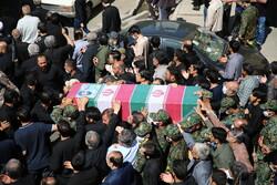آیین وداع و تشییع پیکر مطهر شهید« اصغر پاشاپور»در ری برگزار شد