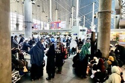 Indian pilgrims stranded in Iran go back home