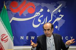 ماجرای تولید نفت در دریای خزر/ خاطره مچگیری احمدینژاد از تیم حفاری