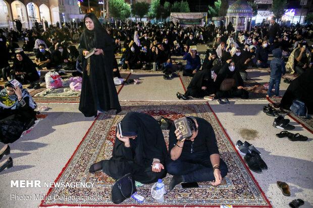 Yezd'deki Kadir gecesi merasiminden kareler