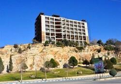 هتل «صخرهای» چشم انتظار فعالیت سرمایهگذار/ قول نماینده برای پیگیری تکمیل پروژه
