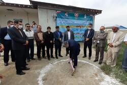 کلنگ ساخت۱۰۰ واحدمسکونی طرح مسکن محرومان در گمیشان به زمین زده شد
