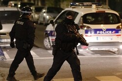 Paris'teki sonik patlama korku yarattı