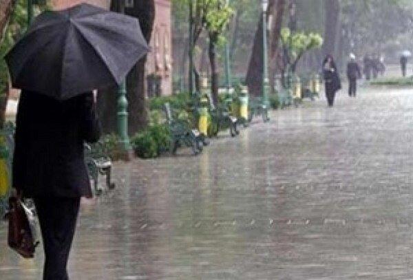آغاز بارشهای رگباری در کرمان/ آبگرفتگی معابر دور از انتظار نیست