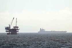 Petrol Nisan sonundan bu yana ilk haftalık kaybına yöneldi