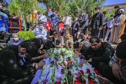 شہر کرد میں کنارک کشتی کے شہید کی تشییع جنازہ