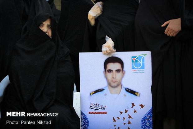 تشییع پیکر شهید سانحه کنارک در شهرکرد