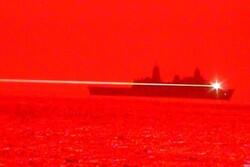 آزمایش سلاح لیزری جدید توسط نیروی دریایی آمریکا