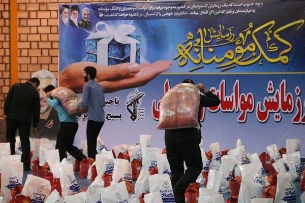 ۱۲۰۰ بسته حمایتی کمک مومنانه در بندرانزلی توزیع شد