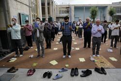 شہر رے کی مسجد فیروز میں نماز عید فطر کی ادائیگی