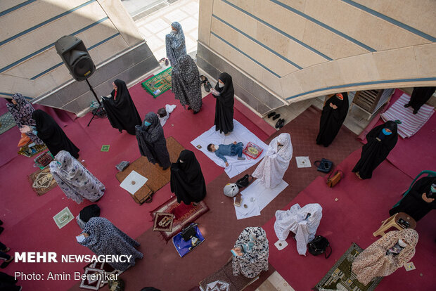 اقامه نماز عید فطر در شیراز