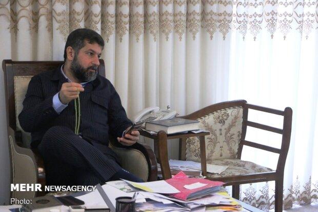 استاندار خوزستان از محیطبان جانباز گتوندی در اهواز عیادت کرد
