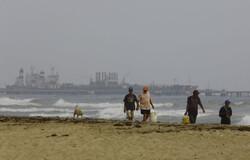 فنزويلا ترد بقوة على دخول مدمّرة أمريكية لمياهها