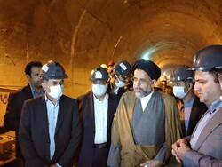 وزیر اطلاعات از متروی کرج بازدید کرد