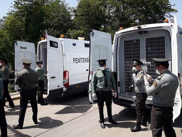VIDEO: Azerbaijan Republic extradites 19 Iranian prisoners
