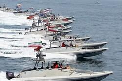 آئین الحاق بیش از ۱۰۰ فروند شناور به نیروی دریایی سپاه در بندرعباس آغاز شد