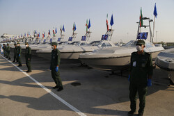 Unveiling ceremony of 112 offensive fast boats in southern Iran