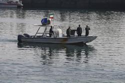 خلیج فارس میں ایرانی بحریہ نے ایندھن اسمگلنگ کرنے والے ایک غیر ملکی جہاز کو پکڑلیا