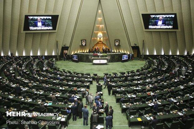 افزایش مشکلات ورزشی خوزستان/قهرمانان چشمانتظار قانونگذاران جدید