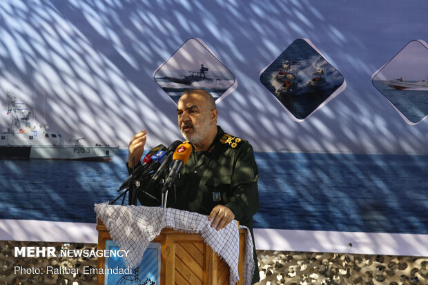 IRGC receives offensive fast boats