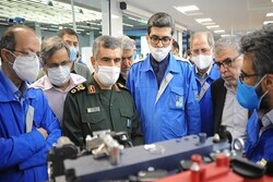No restriction in transfer of defense technology to auto industry: IRGC