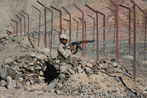 Two border guards martyred in northwestern Iran