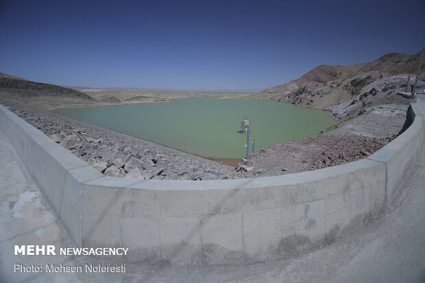 Energy min. inaugurates dam in northeast Iran