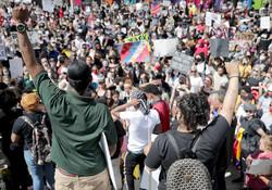 امریکہ کی مختلف ریاستوں میں پر تشدد مظاہروں کا سلسلہ جاری