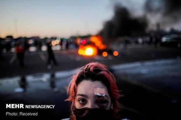 آمریکا در آتش و خون