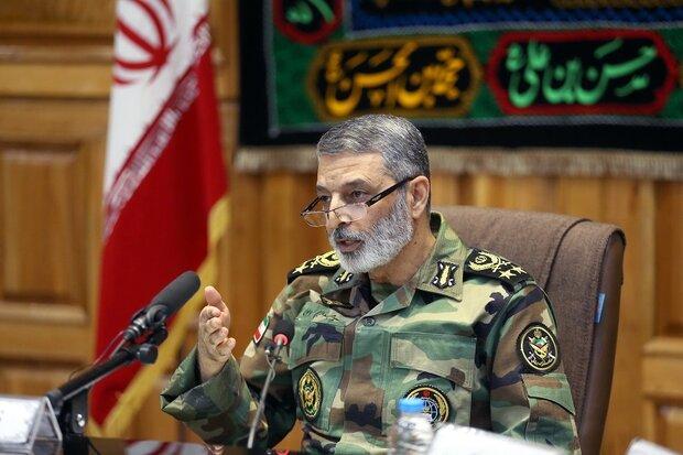 اللواء موسوي: لا نستجدي أمننا من الآخرين/ شبكة الدفاع الجوي الإيرانية هي المتفوقة في المنطقة