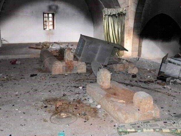 وہابی دہشت گردوں نے خلیفہ عمر بن عبدالعزیز کے مزار کو منہدم کردیا