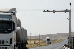تردد در جاده های زنجان ۱۷ درصد کاهش دارد