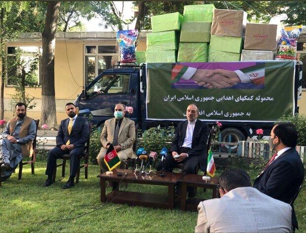 کمکهای پزشکی ایران برای مبارزه با کرونا به افغانستان اهدا شد